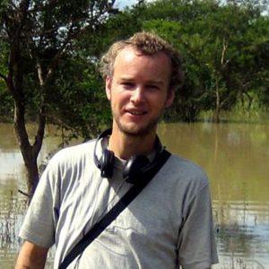 Profesor de Geografia en la Universidad de Naciones Unidas.