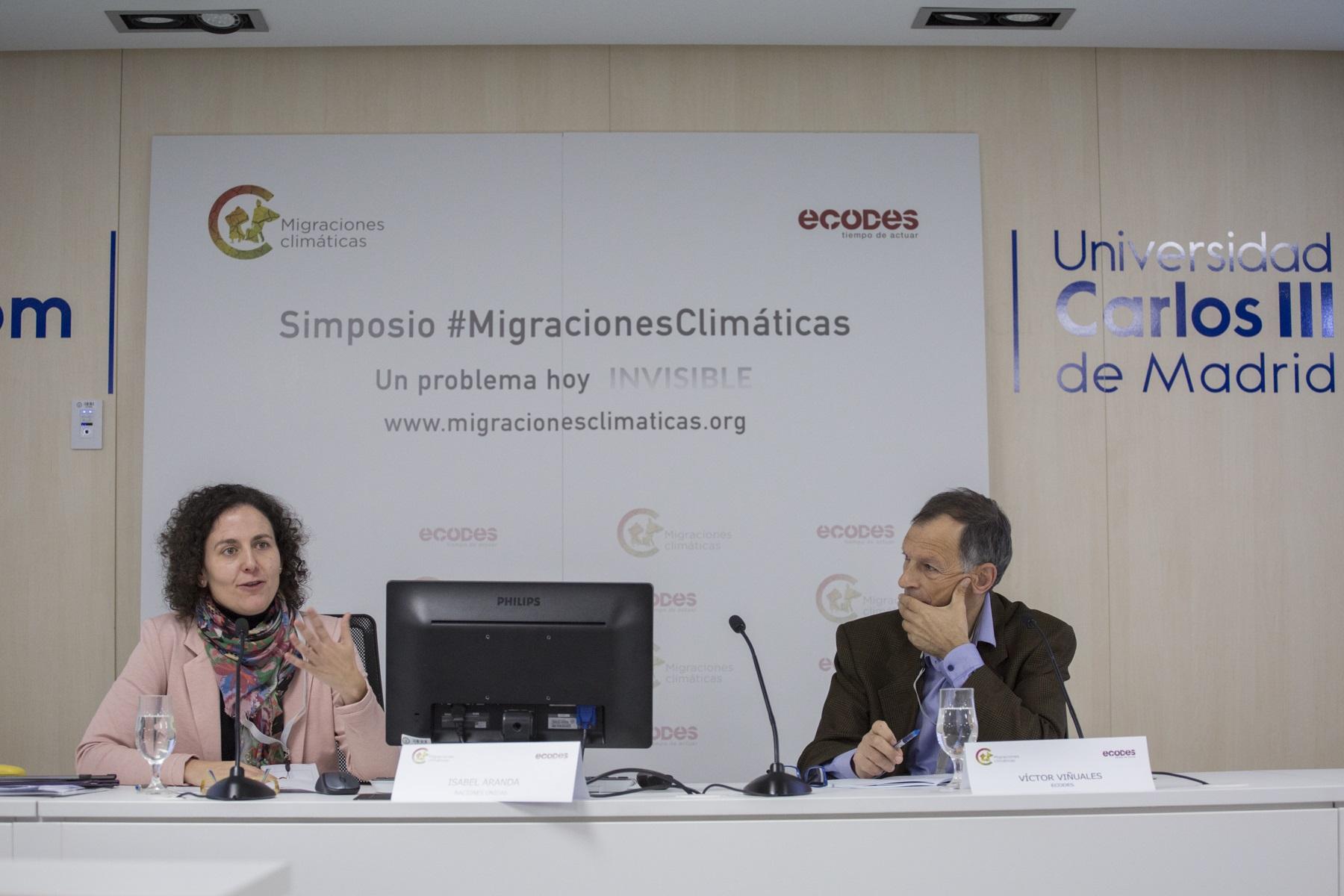 Victor Vinuales Director Ejecutivo De Ecodes E Isabel Aranda Programme Officer De La Convencion De Nacionaes Unidad Para El Cambio Climatico