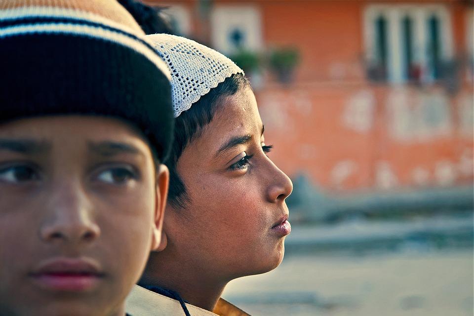 niños indios refugiados medioambientales