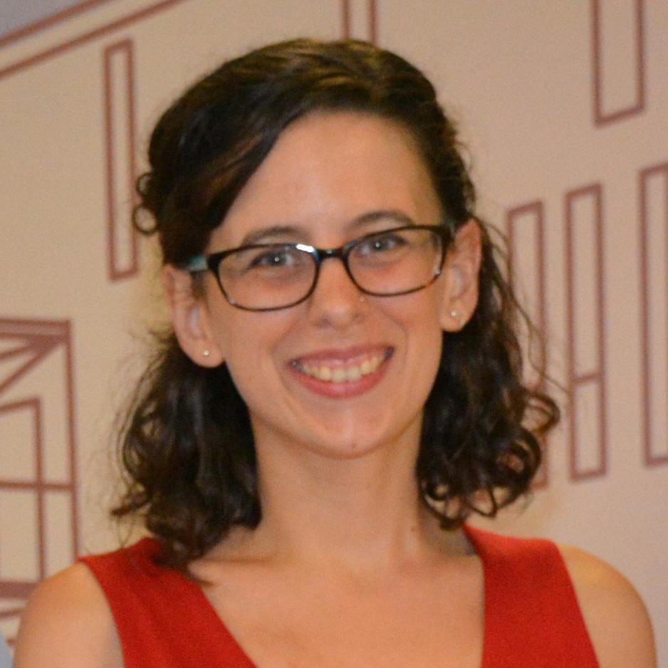Investigadora y colaboradora en CEDAT