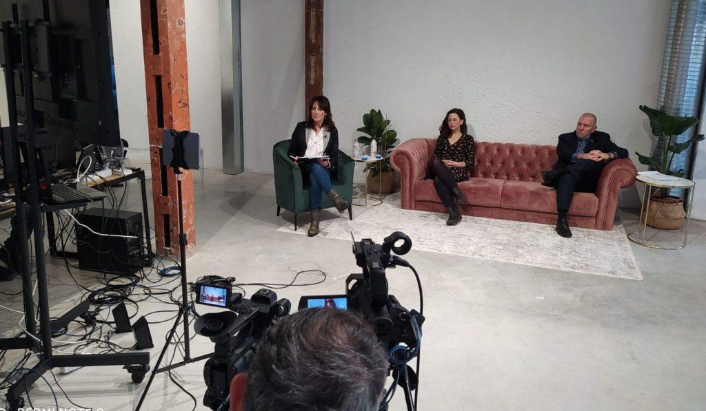 Cristina Monge: Asesora Ejecutiva de ECODES. Joaquín Nieto: Director de la Oficina de la OIT para España. Beatriz Felipe: Autora del informe.